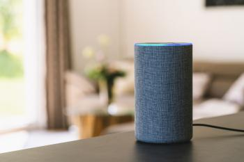 smart speaker Amazon Echo